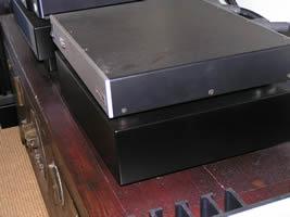 Reimyo ALS-777 line conditioner on its Ohio Class isoBASE platform.